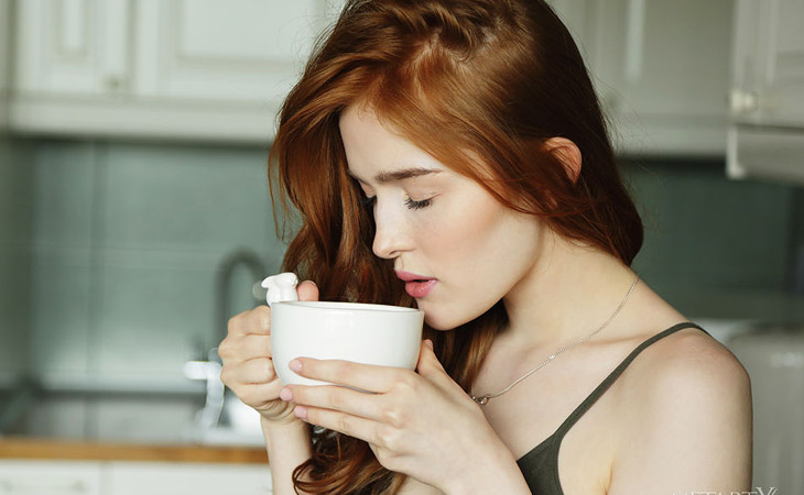 Jia Lissa Horny in the Morning