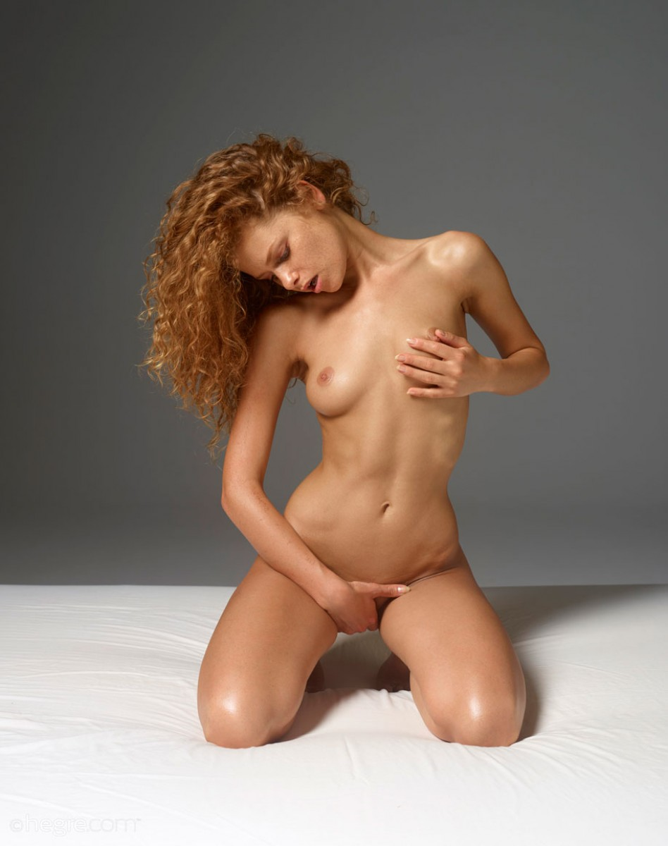 Naked petite red hair
