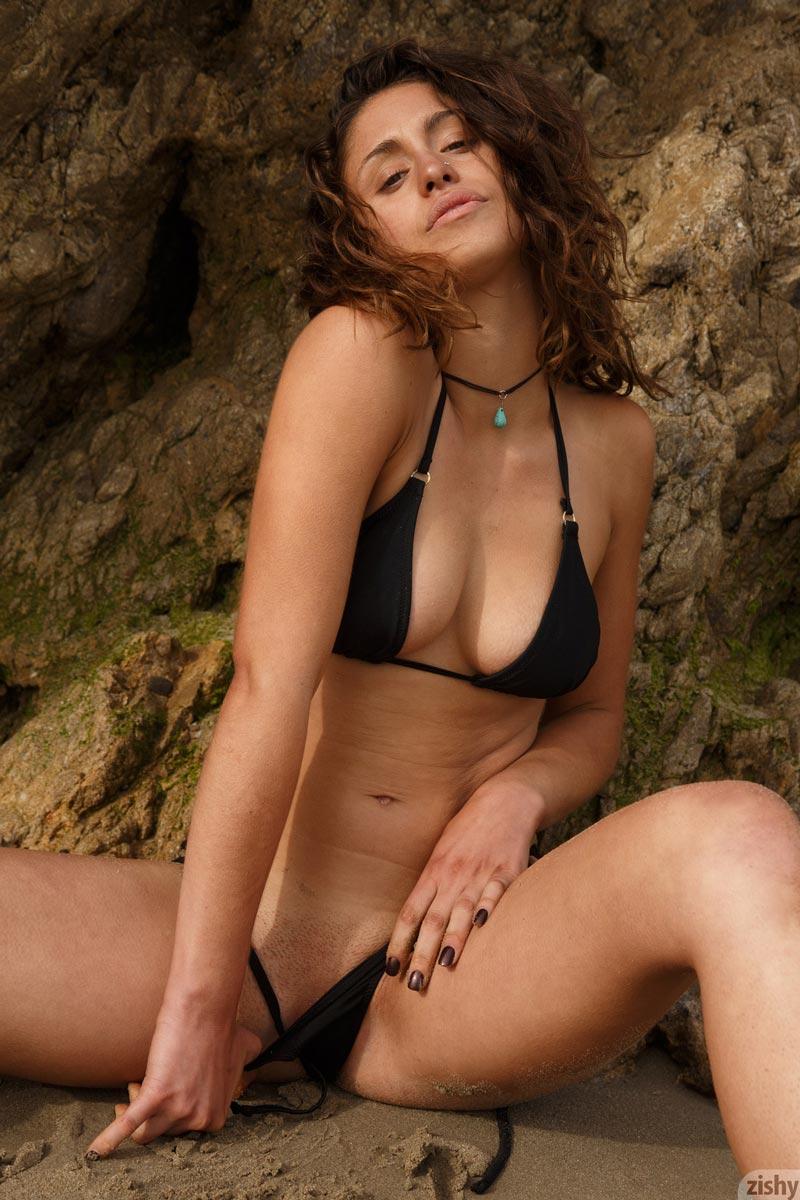Sonya Ash Hot Beach Babe